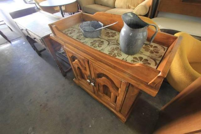 Mission style wood buffet entry sofa kitchen table for Mission style kitchen table