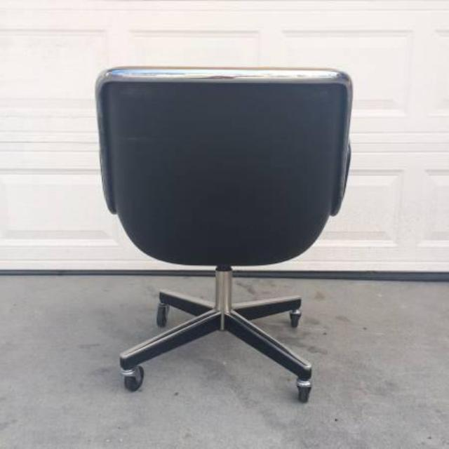 Mid Century Modern Leather Knoll Office Chair Loveseat
