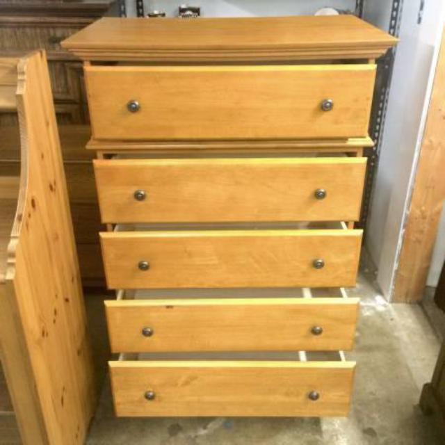 pine 5 drawer thomasville dresser loveseat vintage