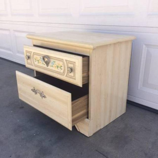 shabby chic cream white nightstand w 2 drawers loveseat. Black Bedroom Furniture Sets. Home Design Ideas