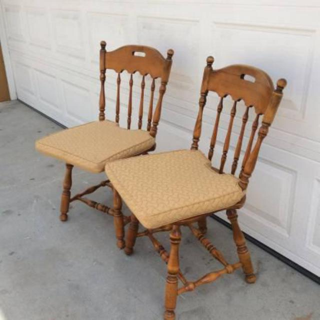 Two Ethan Allen Spindleback Solid Wood Chairs Loveseat