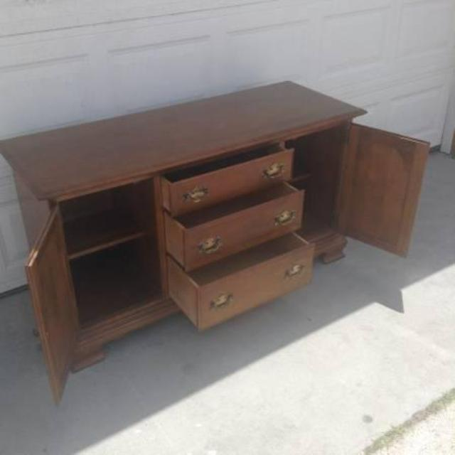 Solid Wood Lighted China Cabinet By Ethan Allen Loveseat Vintage Furniture San Diego