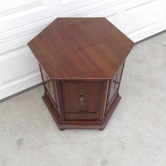 Dark Wood Hexagon End Table Loveseat Vintage Furniture San Diego