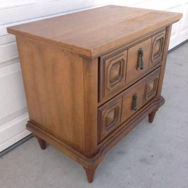 Solid Wood 2 Drawer Nightstand Loveseat Vintage