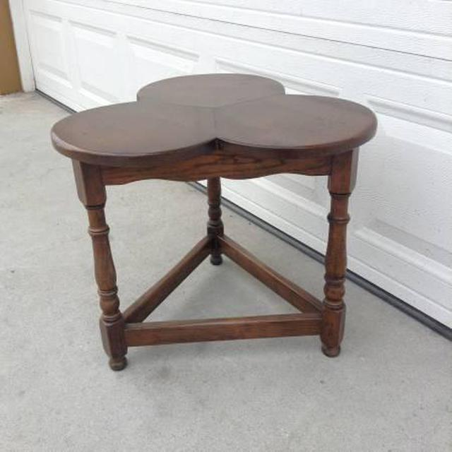 Solid Wood Clover Side Table Loveseat Vintage Furniture San Diego