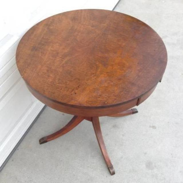 """Solid Wood Round Cocktail End Table By """"Mersman"""