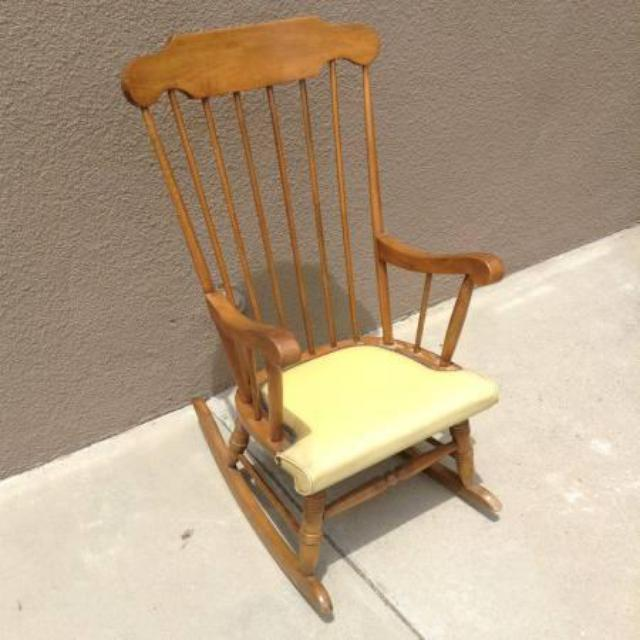 Solid Wood Maple Rocking Chair W Padded Seat Loveseat Vintage Furniture San Diego