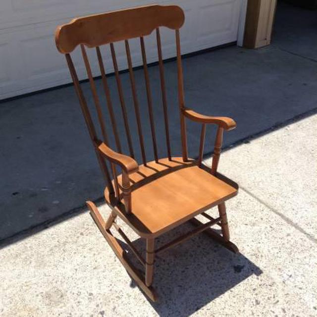 Solid Wood Spindleback Rocking Chair Loveseat Vintage Furniture San Diego