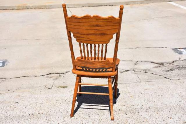 Set Of 3 Solid Wood Spindleback Dining Chairs Loveseat Vintage Furniture San Diego