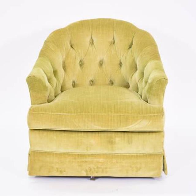 Quot Drexel Heritage Quot Green Swivel Club Chair Loveseat