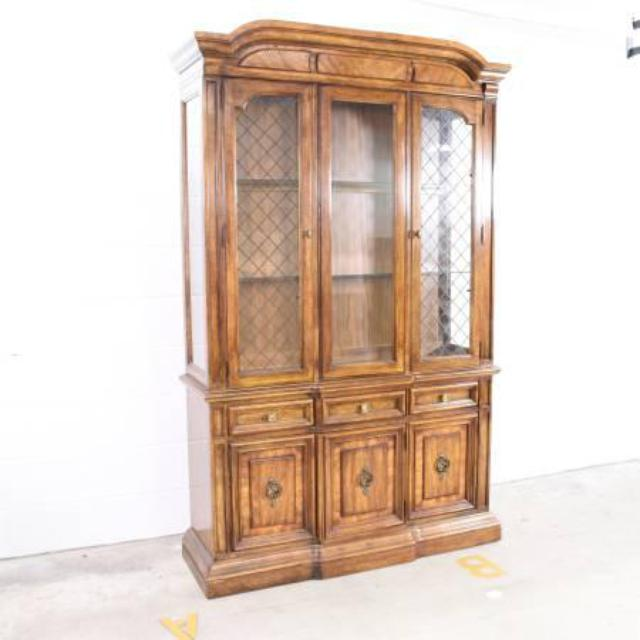 Quot Stanley Quot China Cabinet In Solid Wood Loveseat Vintage