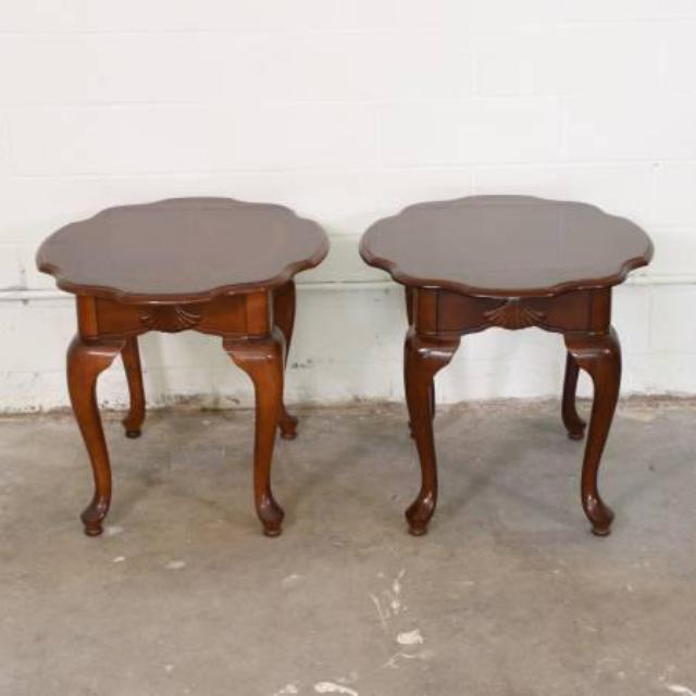 Pair Of Curved Queen Anne Style End Tables Loveseat Vintage Furniture San Diego