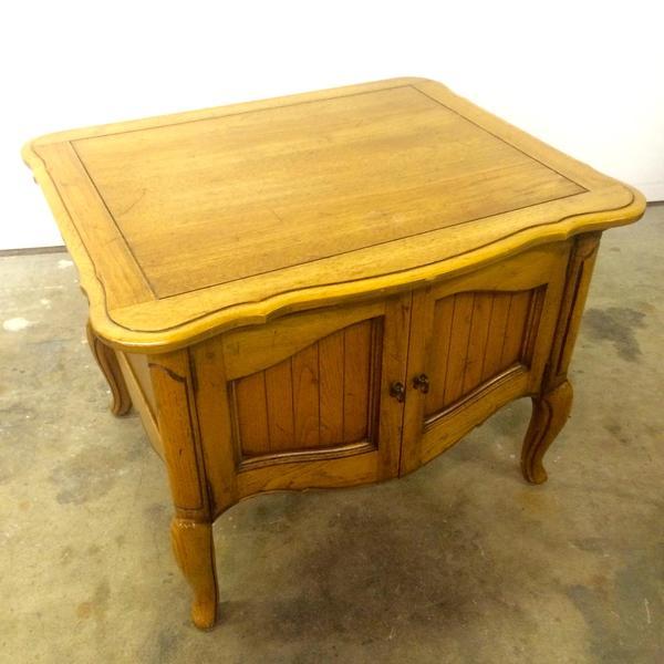 Solid Wood Vintage Media Stand End Table Loveseat Vintage Furniture San Diego