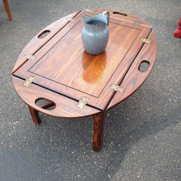 Vintage Butler Coffee Table: Vintage Butler Style Coffee Table