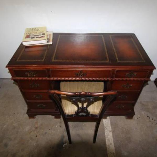 Beautiful Antique Wood Kneehole Desk