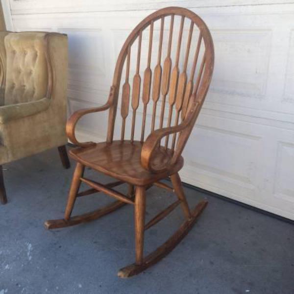 Cute vintage wood rocking chair loveseat