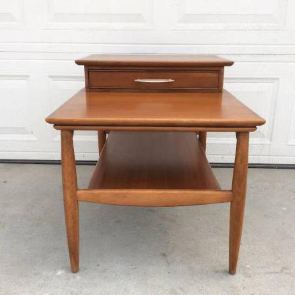 hekman midcentury modern end table w 1 drawer loveseat vintage furniture san diego los angeles. Black Bedroom Furniture Sets. Home Design Ideas