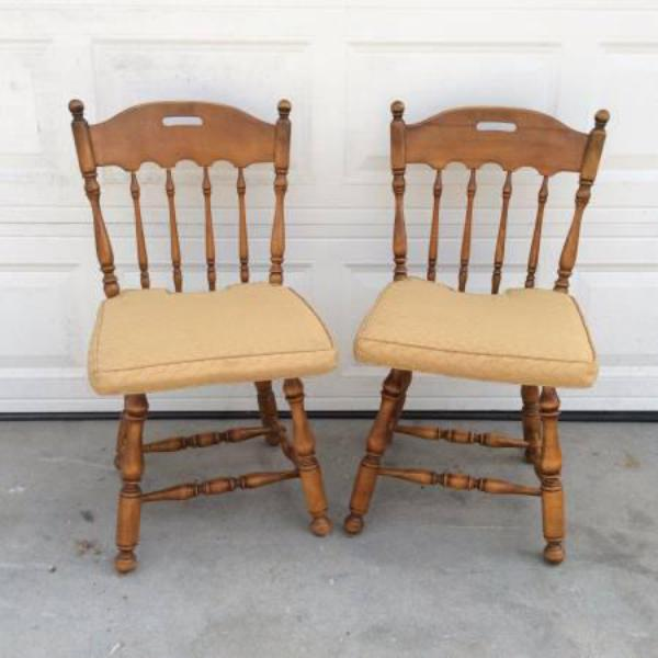 Two Quot Ethan Allen Quot Spindleback Solid Wood Chairs Loveseat