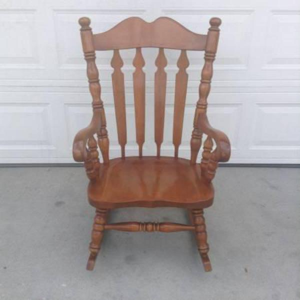 Solid wood vintage rocking chair loveseat