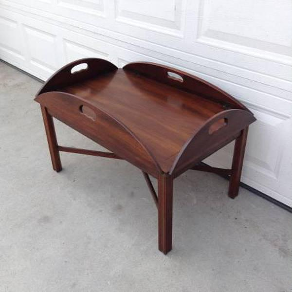 Butler Style Wooden Coffee Table