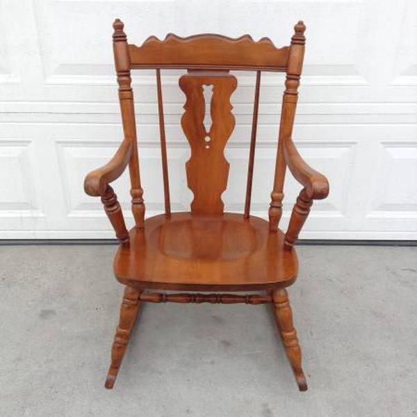 Vintage spindleback wooden rocking chair loveseat