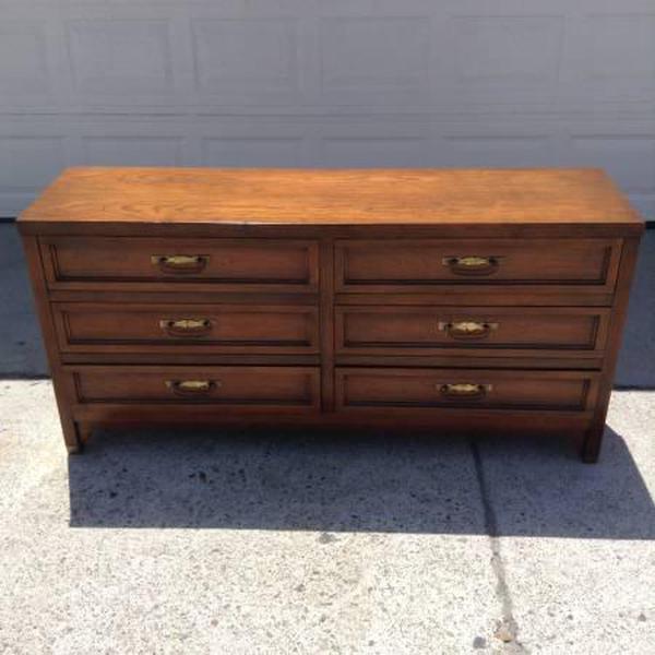 """Bassett Furniture Online: """"Bassett"""" Vintage 6-Drawer Dresser"""